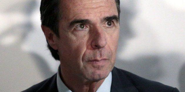 Una sentencia acredita que el exministro Soria no pagó sus vacaciones de lujo en Punta