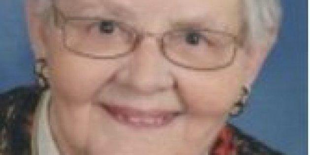 Una anciana de 87 años trolea a Trump desde la tumba con su