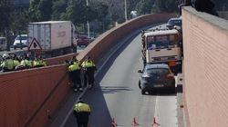 Detenido a tiros un conductor que conducía un camión de butano robado en dirección