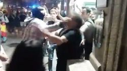 Ultraderechistas agreden a varias personas ante la sede de Catalunya