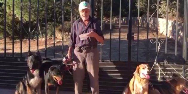 Un hombre de 87 años con cáncer busca un hogar para sus seis