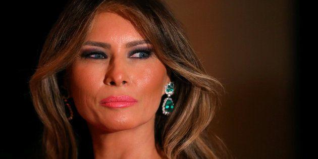 Daily Mail indemniza a Melania Trump por afirmar que fue