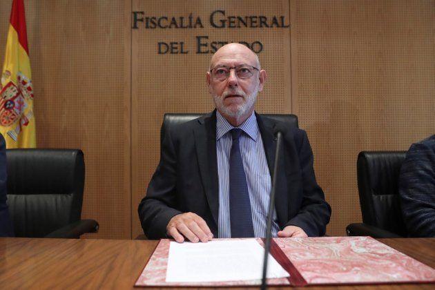 La Fiscalía se querella por rebelión, sedición y malversación contra Puigdemont, su Govern cesado y la...