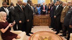 El mosqueo en las redes por una foto de la consejera de Trump en el Despacho