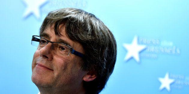 Puigdemont y cuatro 'exconsellers' anuncian que no acudirán a la Audiencia