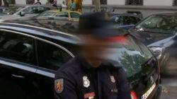 Tres policías, sobre Junqueras a su salida de la Audiencia: