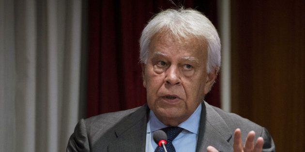 Felipe González llama
