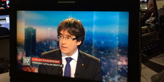 La razón por la que Puigdemont ha elegido neerlandés para