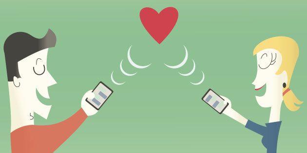 El amor en los tiempos del WhatsApp: nuevas técnicas de flirteo que se usan en el