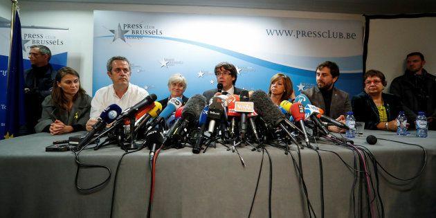 Puigdemont y los cuatro exconsellers, en libertad