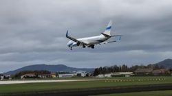 El aterrizaje fallido de un avión en Austria por el