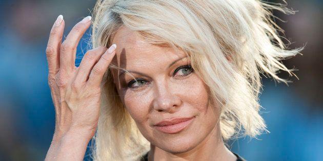Pamela Anderson apoya a
