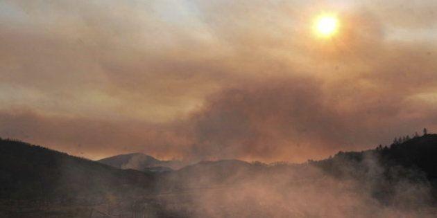 La Generalitat confía en controlar hoy el fuego de Alt Empordà