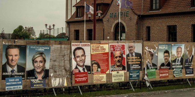 Francia vota en la primera vuelta de las elecciones presidenciales más imprevisibles de su