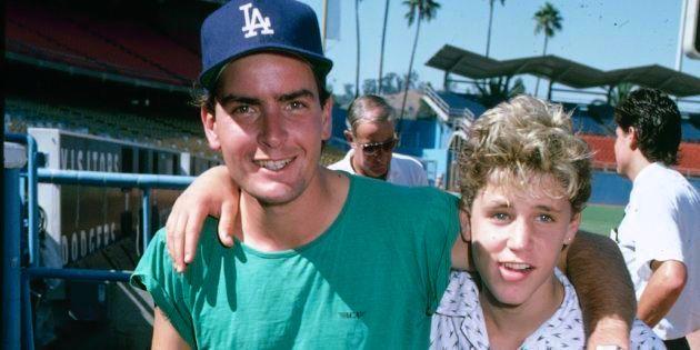 Charlie Sheen y Corey Haim, en los años