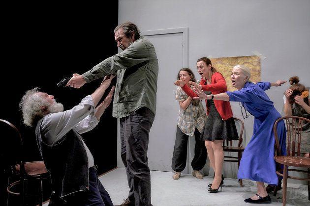 Escena de Espía a una mujer que se mata de Veronese en el