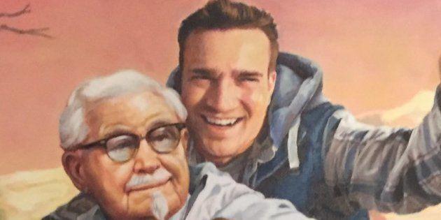 KFC le pinta un retrato al hombre que descubrió su truco de