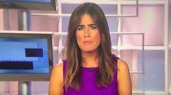 Un micro abierto le juega una mala pasada a una presentadora de informativos