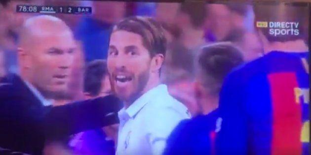 El gesto de Ramos ¿a Piqué? tras ser expulsado está dando mucho que
