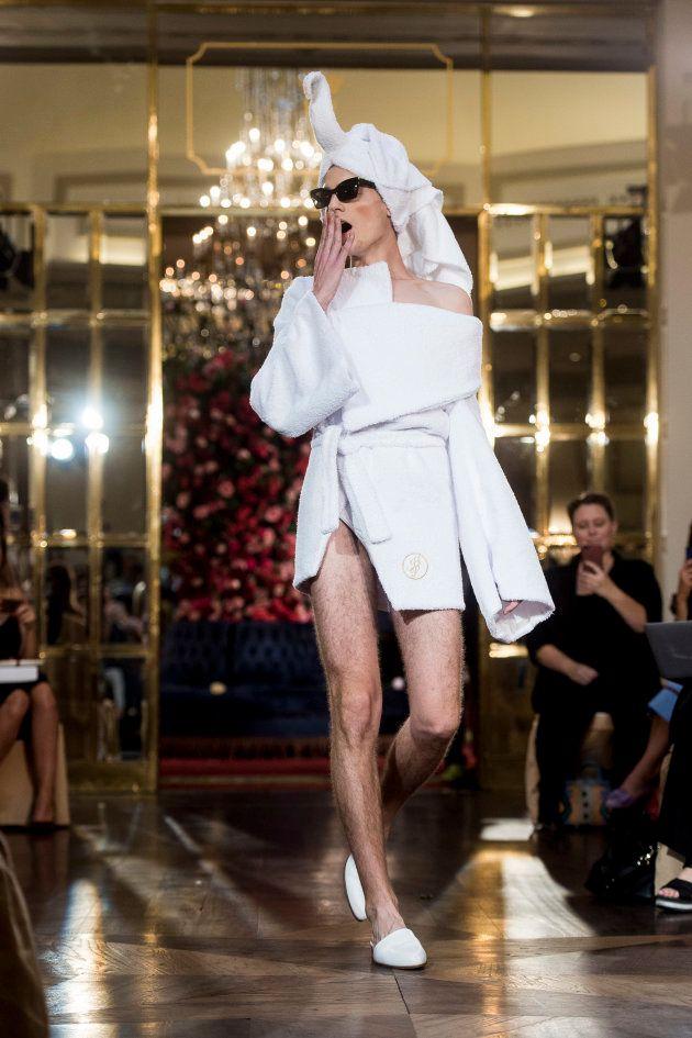 El 'look' español (y de andar por casa) de Rita Ora en los MTV
