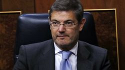 El ministro Catalá le envió un SMS a González deseándole