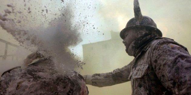 Los Enharinados: batalla de harina en Ibi como