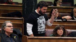 Ana Pastor cita a Rufián para apercibirle por el 'show' de las esposas en el
