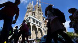 Barcelona peatonalizará la Sagrada Familia e instalará bolardos en zonas