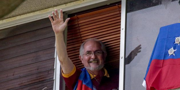 Fotografía de archivo del 16 de julio de 2017, del alcalde metropolitano Antonio Ledezma