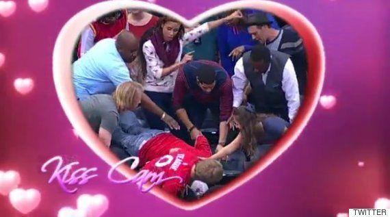 La petición de mano en una 'kiss cam' que se quedó con todo el