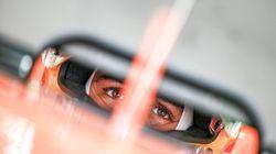 Fernando Alonso abandona antes de empezar la carrera y las redes se llenan de