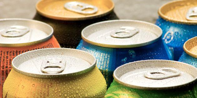 Latas de refresco, en una imagen de