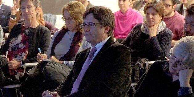 El expresidente de la Generalitat Carles Puigdemont, en una de sus últimas apariciones públicas en