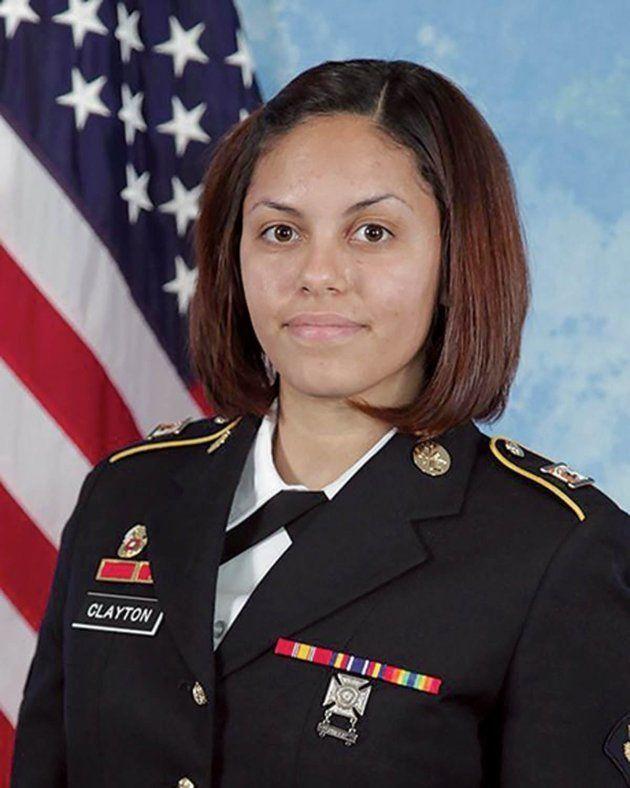 La soldado estadounidense Hilda I.