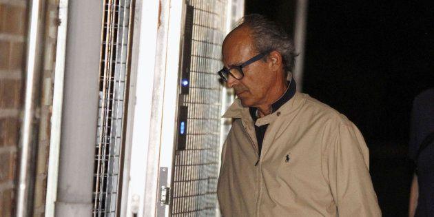Edmundo Rodríguez Sobrino, a su llegada a la Comandancia de la Guardia Civil en Tres