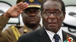 Mugabe dimite como presidente de Zimbabue tras 37 años en el