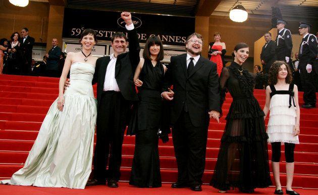 Ariadna Gil, Sergi Lopez, Guillermo Del Toro y en el estreno de 'El Laberinto del Fauno' en Cannes en