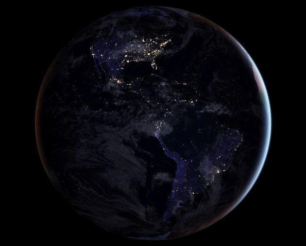 Imagen de la NASA del 12 de abril de 2017 mostrando en hemisferio norte de