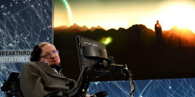 Stephen Hawking pone fecha al momento en que deberemos abandonar la