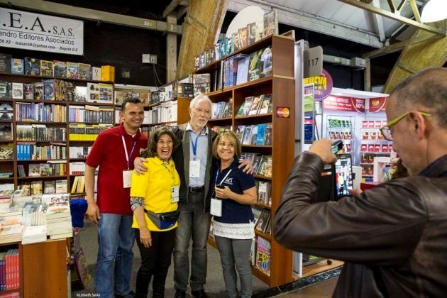 El Nobel J. M. Coetzee con algunos de sus lectores en la
