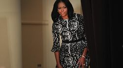 Michelle Obama la lía al tuitear el teléfono de un exempleado de la Casa