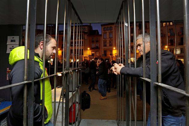 Cárceles simbólicas en Vic en solidaridad con los