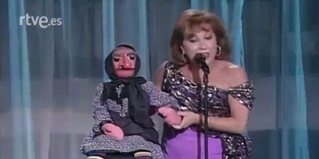 Mari Carmen y sus muñecos en un show en