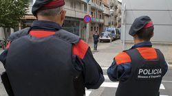 Los Mossos registran viviendas de Sant Pere de Ribes (Barcelona) en una operación