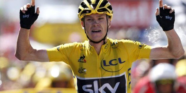 El ciclista Chris Froome, atropellado mientras
