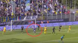 Este portero jugó demasiado al FIFA... e hizo lo que