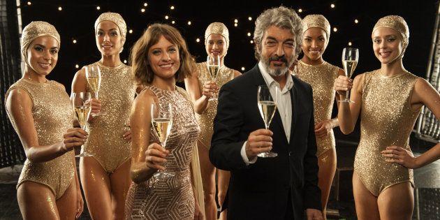 Los actores Ricardo Darín y Michelle Jenner, protagonistas del tradicional anuncio navideño de