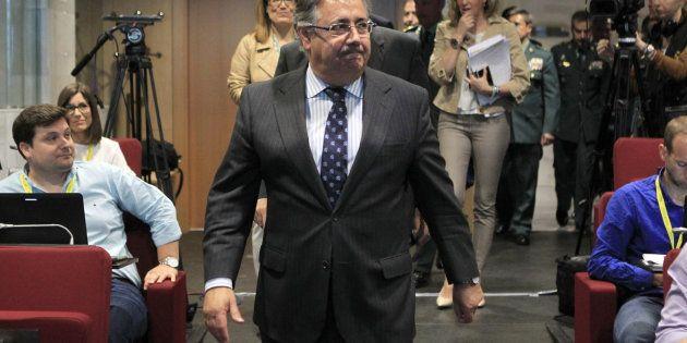 El ministro del Interior, Juan Ignacio Zoido, a su llegada al acto de presentación del proyecto GAR-SI...