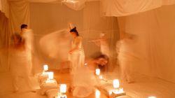 'La cama', seres humanos soñando