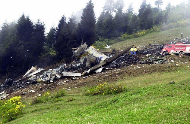 Restos del accidente del Yak